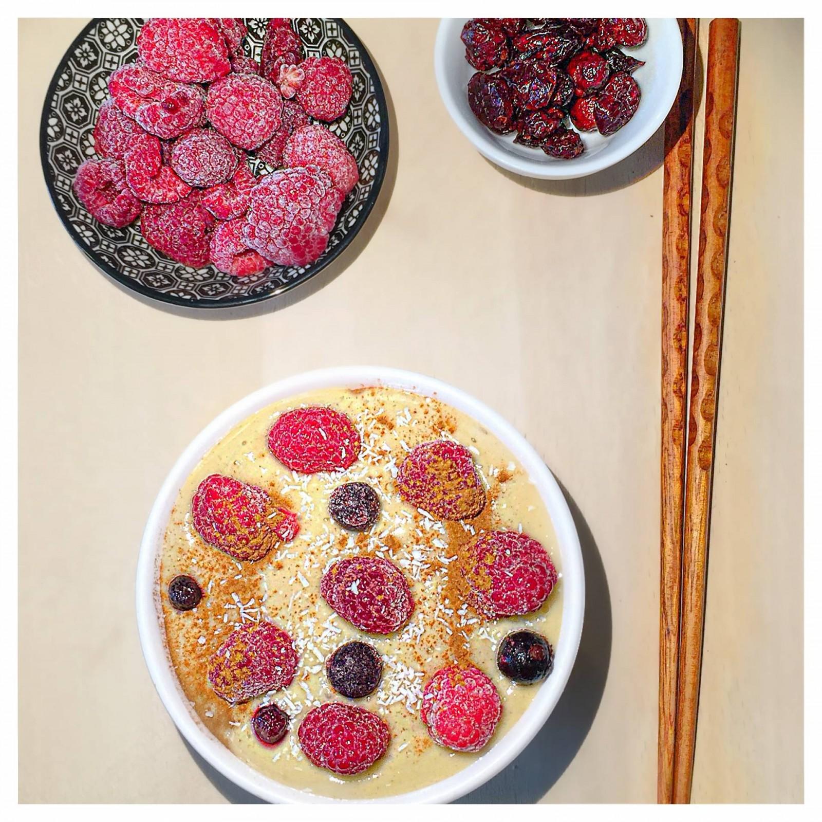 Lemon/Pineapple Smoothie Bowl