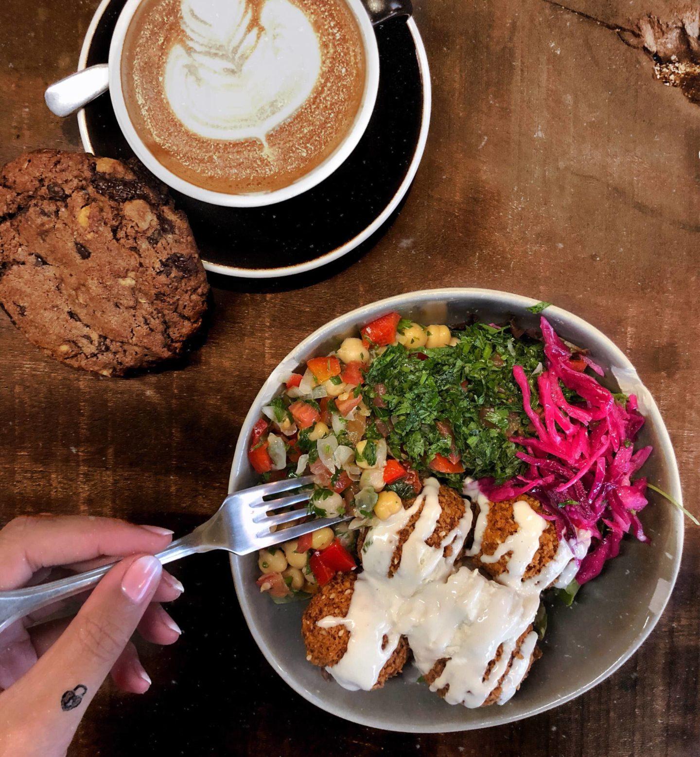 Quelles options végétariennes au restaurant ? / What veggie meals could you have at the restaurant ?